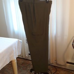 Zenergy by Chico's green cargo pants